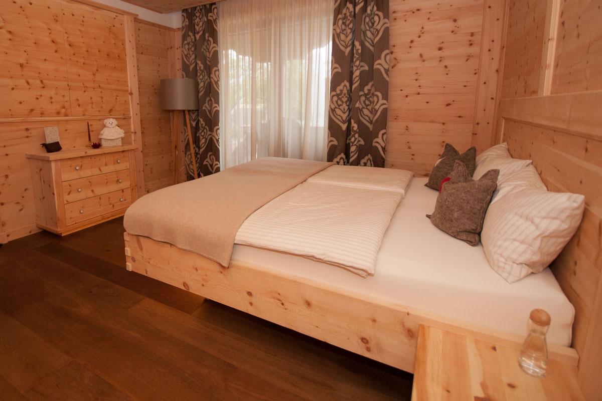 Möbel Aus Zirbenholz, Tischler Manfred Strantz, Burgenland Schlafzimmer Zirbenholz