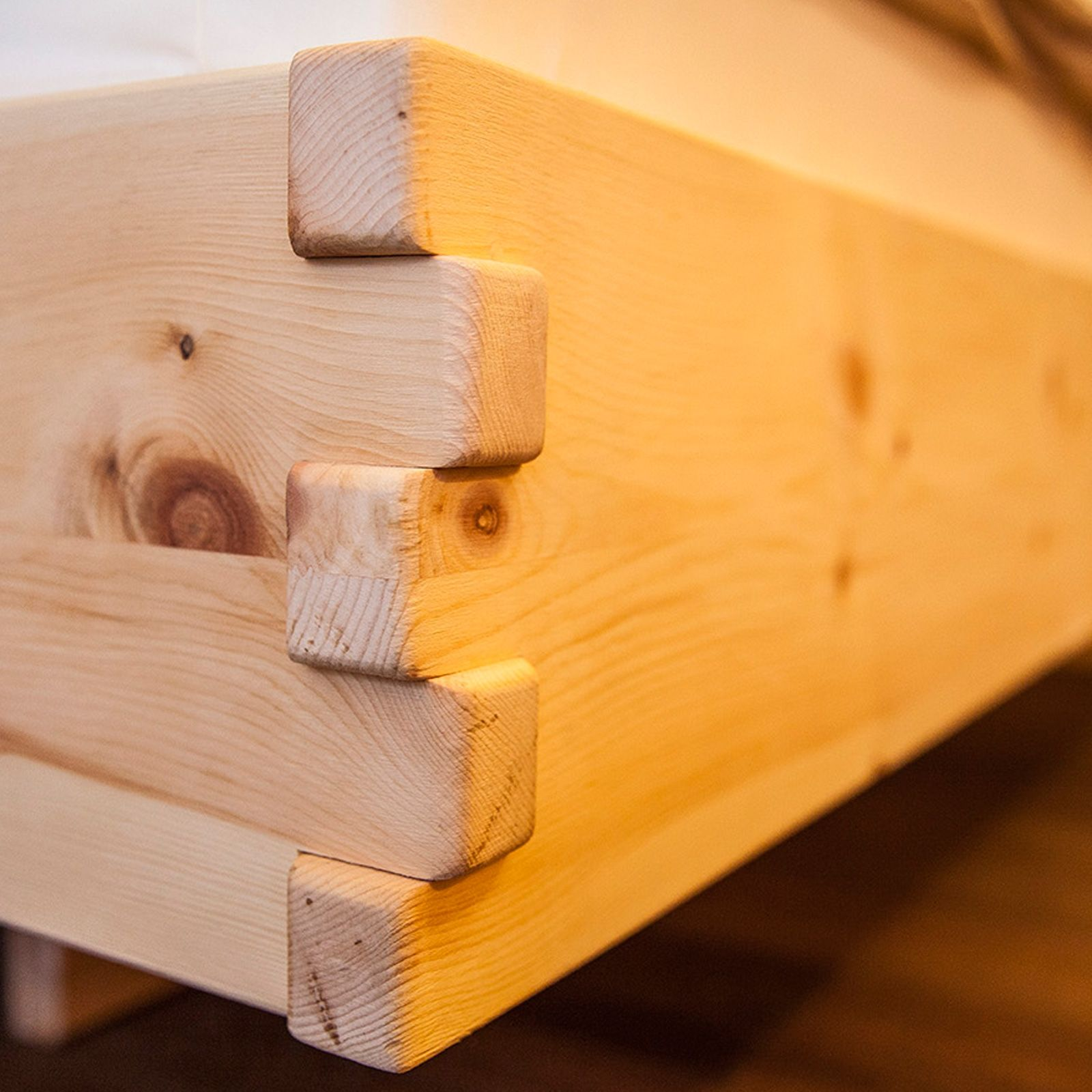 m246bel aus zirbenholz